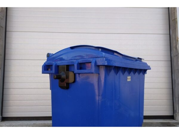 Plastikovyj musornyj kontejner obiem 660 Litrov 3