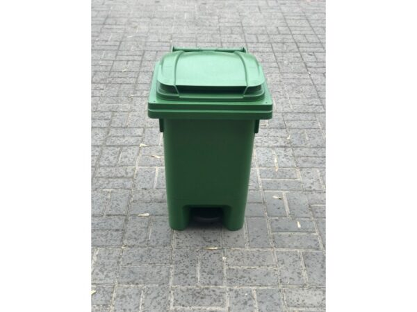 Musornyj bak s pedaliyu 80l (zelenyj) EU 04